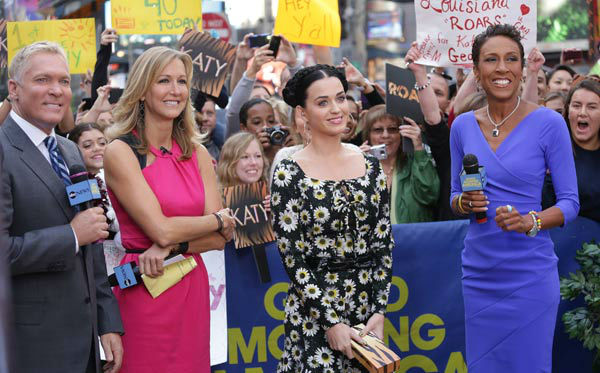 Katy Perry appears with &#39;Good Morning America&#39; co-hosts Robin Roberts, Lara Spencer and Sam Champion on Sept. 6, 2013. <span class=meta>(ABC Photo&#47; Fred Lee)</span>