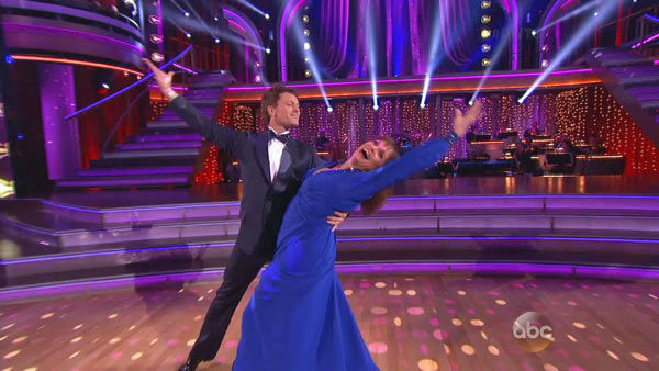 "<div class=""meta image-caption""><div class=""origin-logo origin-image ""><span></span></div><span class=""caption-text"">Valerie Harper and Tristan MacManus dance the Foxtrot on week one of 'Dancing With The Stars' on Sept. 16, 2013. They received 21 out of 30 points from the judges. (ABC Photo)</span></div>"