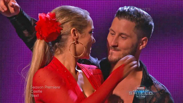Elizabeth Berkley and Val Chmerkovskiy react to being safe on week two of &#39;Dancing With The Stars&#39; on Sept. 23, 2013. They received 25 out of 30 points from the judges for their Samba. <span class=meta>(ABC Photo)</span>