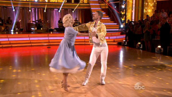 "<div class=""meta image-caption""><div class=""origin-logo origin-image ""><span></span></div><span class=""caption-text"">Valerie Harper and Tristan MacManus dance the Cha Cha Cha on week three of 'Dancing With The Stars' on Sept. 30, 2013. They received 16 out of 30 points from the judges. (ABC)</span></div>"