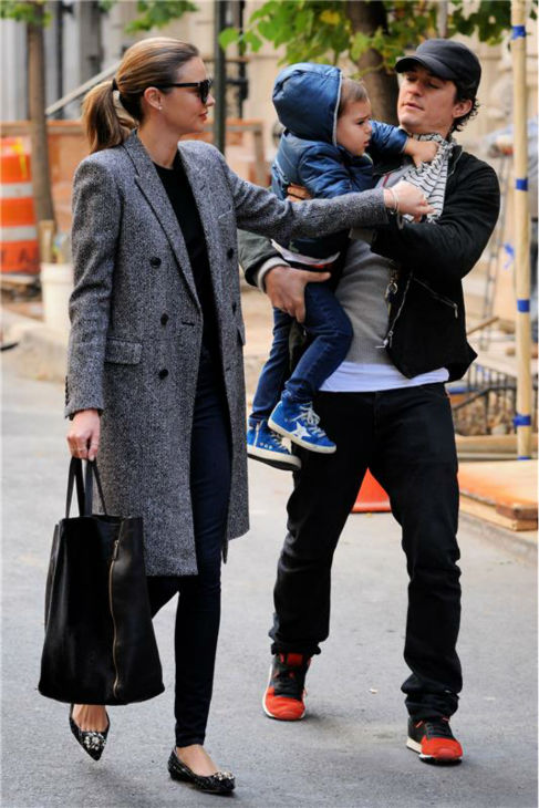 "<div class=""meta ""><span class=""caption-text "">Orlando Bloom appears with wife Miranda Kerr and their son Flynn, 2, in New York City on Oct. 26, 2013. The actor's rep confirmed to OTRC.com a day earlier that the two had separated months ago. (Ken Katz / Startraksphoto.com)</span></div>"