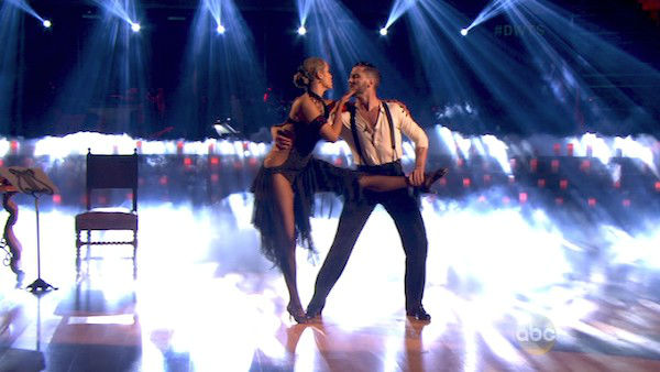 Elizabeth Berkley and Val Chmerkovskiy dance the Argentine Tango on week four of &#39;Dancing With The Stars&#39; on Oct. 7, 2013. They received 27 out of 30 points from the judges. <span class=meta>(ABC Photo)</span>