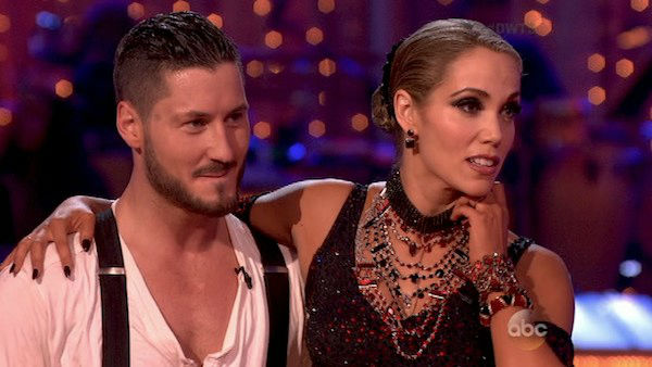 Elizabeth Berkley and Val Chmerkovskiy danced the Argentine Tango on week four of &#39;Dancing With The Stars&#39; on Oct. 7, 2013. They received 27 out of 30 points from the judges. <span class=meta>(ABC Photo)</span>