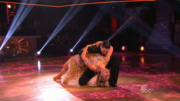 "<div class=""meta image-caption""><div class=""origin-logo origin-image ""><span></span></div><span class=""caption-text"">Elizabeth Berkley and Val Chmerkovskiy dance the Cha Cha Cha on week six of 'Dancing With The Stars' on Oct. 21, 2013. They received 30 out of 30 points from the judges. The two received 2 out of 4 extra points from the 'Switch-Up Challenge.' (ABC Photo)</span></div>"