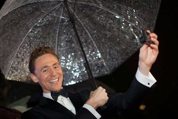 Actor Tom Hiddleston appears at the global premiere for 'Marvel's Thor: The Dark World'at Odeon Leicester Square on October 22, 2013 in London, England.