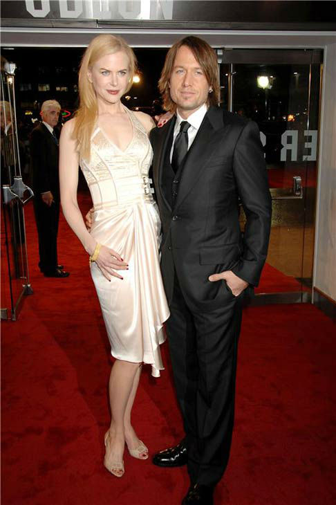 Nicole Kidman and Keith Urban appear at the London premiere of 'The Golden compass' on Nov. 28, 2007.