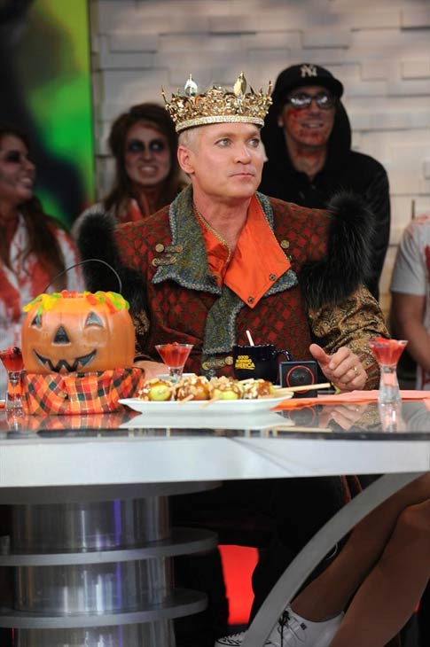 'Good Morning America' anchor Sam Champion dressed as a king on Oct. 31, 2013 -- Halloween.