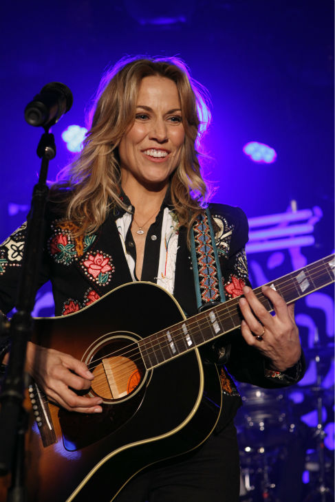 Sheryl Crow appears on ABC&#39;s &#39;Jimmy Kimmel Live!,&#39; renamed &#39;Jimmy Kimmel Sucks,&#39; after Damon hijacked the show on Jan. 24, 2013. <span class=meta>(ABC Photo &#47; Randy Holmes)</span>