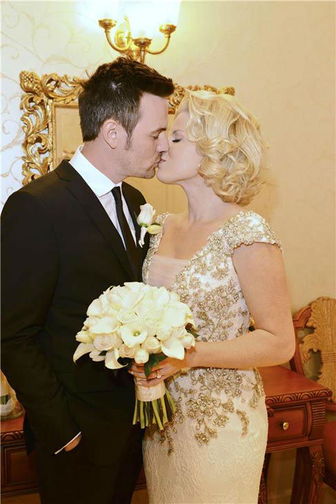 Megan Hilty appears at her wedding to boyfriend Brian Gallagher in Las Vegas on Nov. 2, 2013. Hilty wore a Badgley Mischka dress, while the groom appeared in J Linderberg.  <span class=meta>(Michael Simon&#47;startraksphoto.com)</span>