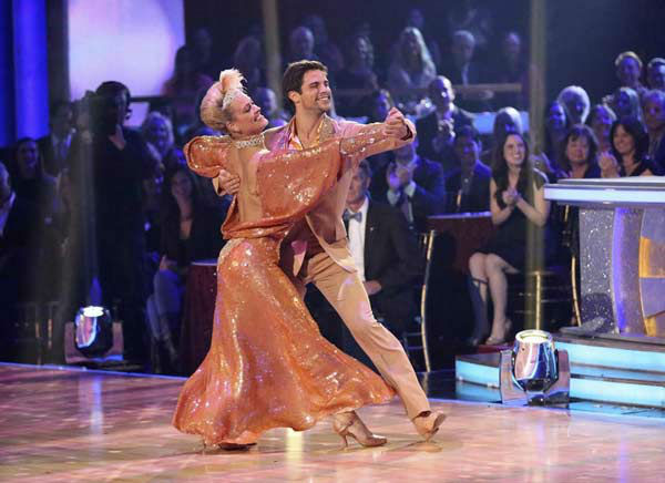 "<div class=""meta ""><span class=""caption-text "">Brant Daugherty and Peta Murgatroyd dance the Foxtrot on week eight of 'Dancing With The Stars' on Nov. 4, 2013. They received 27 out of 30 points from the judges. (ABC Photo/ Adam Taylor)</span></div>"