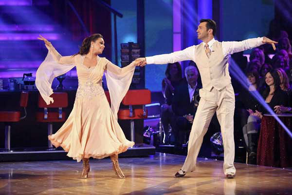 Leah Remini and Tony Dovolani dance the Viennese Waltz on week eight of &#39;Dancing With The Stars&#39; on Nov. 4, 2013. They received 25 out of 30 points from the judges. The two received 3 extra points from the dance off. <span class=meta>(ABC Photo&#47; Adam Taylor)</span>