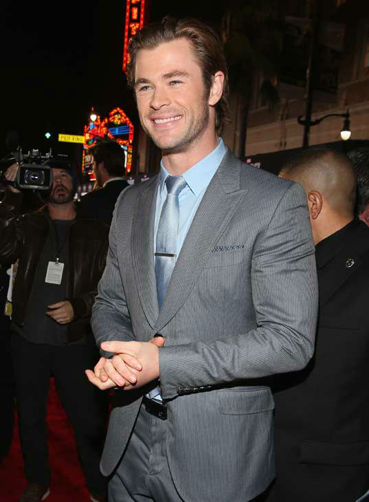 "<div class=""meta ""><span class=""caption-text "">Chris Hemsworth appears at the 'Thor: The Dark World' premiere in Los Angeles, California on Nov. 4, 2013.  (Rich Polk / Disney)</span></div>"