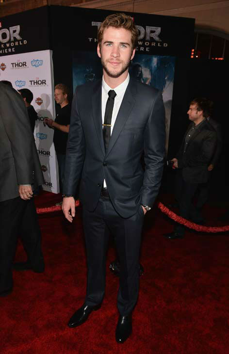 "<div class=""meta ""><span class=""caption-text "">Liam Hemsworth appears at the 'Thor: The Dark World' premiere in Los Angeles, California on Nov. 4, 2013.  (Alberto E. Rodriguez / Disney)</span></div>"