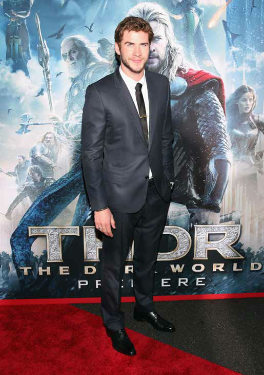 "<div class=""meta ""><span class=""caption-text "">Liam Hemsworth appears at the 'Thor: The Dark World' premiere in Los Angeles, California on Nov. 4, 2013.  (Rich Polk / Disney)</span></div>"