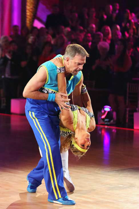 "<div class=""meta ""><span class=""caption-text "">Bill Engvall and Emma Slater dance the Cha Cha Cha on week 10 of 'Dancing With The Stars' on Nov. 18, 2013. They received 28 out of 40 points from the judges. The two later received 32 out of 40 for their second routine, an Argentine Tango. (ABC Photo/ Adam Taylor)</span></div>"