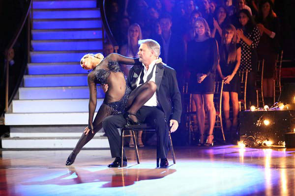"<div class=""meta ""><span class=""caption-text "">Bill Engvall and Emma Slater dance the Argentine Tango on week 10 of 'Dancing With The Stars' on Nov. 18, 2013. They received 32 out of 40 points from the judges. The two received 28 out of 40 for their first routine, a Cha Cha Cha. (ABC Photo/ Adam Taylor)</span></div>"