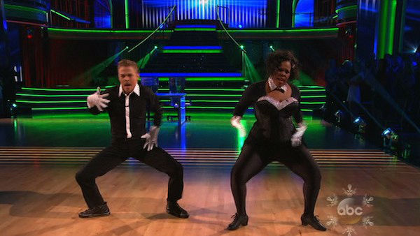 "<div class=""meta ""><span class=""caption-text "">Amber Riley and Derek Hough perform a Jazz routine on week 10 of 'Dancing With The Stars' on Nov. 18, 2013. They received 39 out of 40 points from the judges.  The two later received 40 out of 40 for their second routine, a Viennese Waltz. (ABC)</span></div>"