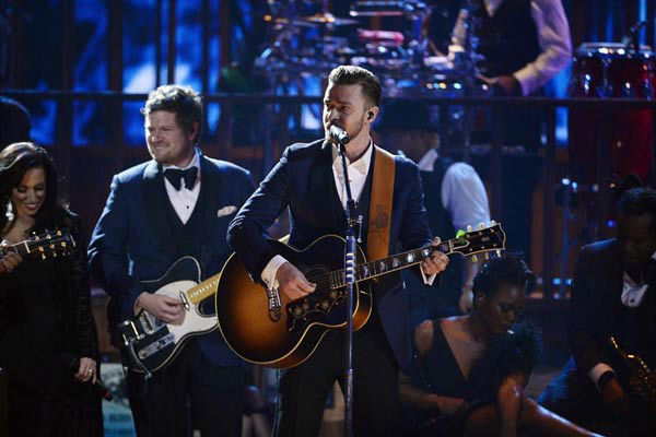 Justin Timberlake performs at the American Music Awards 2013 on Nov. 24, 2013.