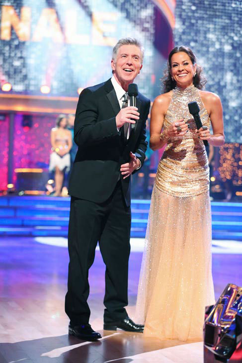 Tom Bergeron and Brooke Burke appear on the season 17 finale of 'Dancing With The Stars' on Nov. 26, 2013.