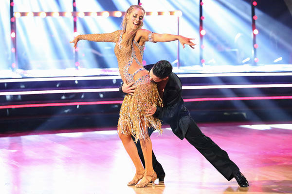 Elizabeth Berkley and Val Chmerkovskiy returned to the ballroom to perform on the season 17 finale of 'Dancing With The Stars' on Nov. 26, 2013.