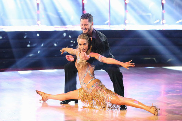 "<div class=""meta ""><span class=""caption-text "">Elizabeth Berkley and Val Chmerkovskiy returned to the ballroom to perform on the season 17 finale of 'Dancing With The Stars' on Nov. 26, 2013. (ABC Photo/ Adam Taylor)</span></div>"