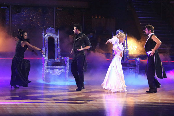 "<div class=""meta image-caption""><div class=""origin-logo origin-image ""><span></span></div><span class=""caption-text"">Christina Milian, Mark Ballas, Brant Daugherty and Peta Murgatroyd returned to the ballroom to perform on the season 17 finale of 'Dancing With The Stars' on Nov. 26, 2013. (ABC Photo/ Adam Taylor)</span></div>"