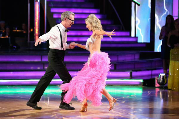 Bill Nye and Tyne Stecklein returned to the ballroom to perform on the season 17 finale of &#39;Dancing With The Stars&#39; on Nov. 26, 2013. <span class=meta>(ABC Photo&#47; Adam Taylor)</span>