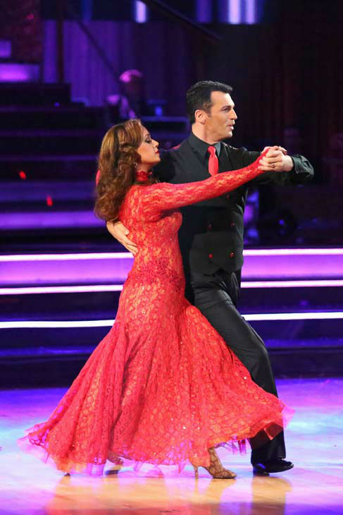 Leah Remini and Tony Dovolani returned to the ballroom to perform on the season 17 finale of &#39;Dancing With The Stars&#39; on Nov. 26, 2013. <span class=meta>(ABC Photo&#47; Adam Taylor)</span>