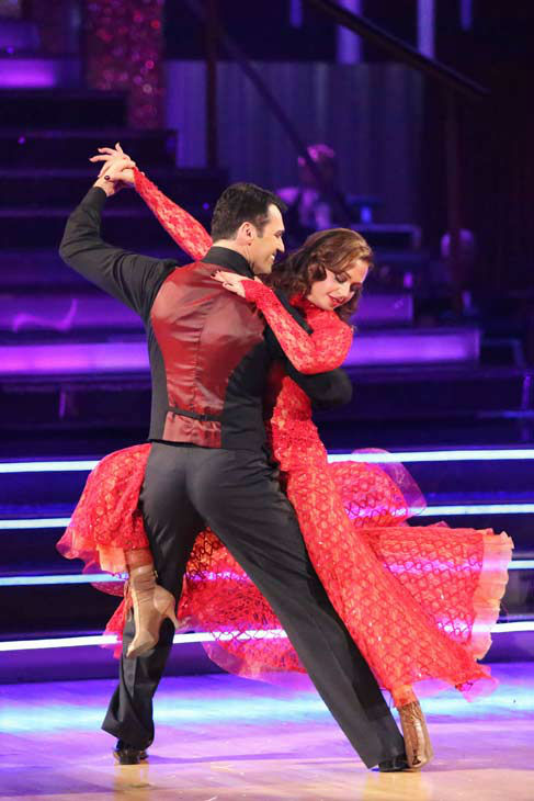 "<div class=""meta ""><span class=""caption-text "">Leah Remini and Tony Dovolani returned to the ballroom to perform on the season 17 finale of 'Dancing With The Stars' on Nov. 26, 2013. (ABC Photo/ Adam Taylor)</span></div>"