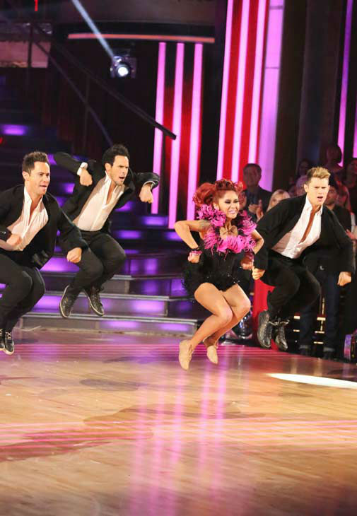 "<div class=""meta ""><span class=""caption-text "">Nicole 'Snooki' Polizzi and Sasha Farber returned to the ballroom to perform on the season 17 finale of 'Dancing With The Stars' on Nov. 26, 2013. (ABC Photo/ Adam Taylor)</span></div>"