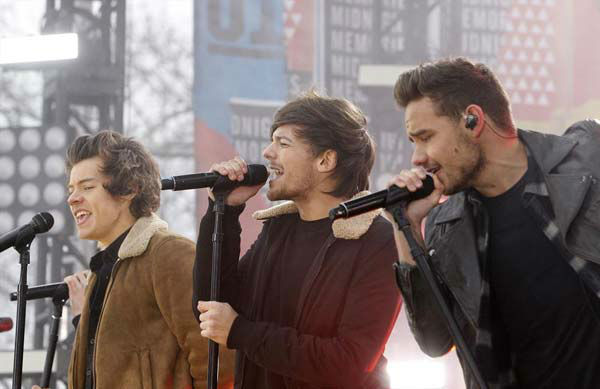 One Direction performs on 'Good Morning America' in New York City on Nov. 26, 2013.