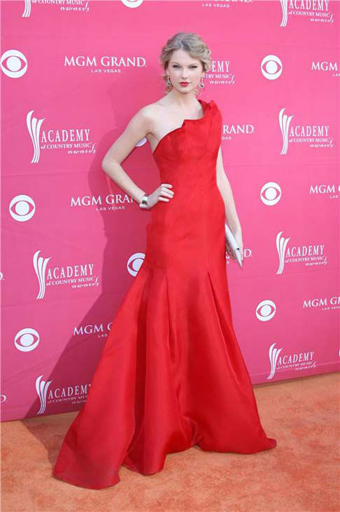 Taylor Swift appears at the 44th annual Academy of Country Music Awards in Las Vegas, Nevada on April 5, 2009.  <span class=meta>(Jen Lowery &#47; startraksphoto.com)</span>