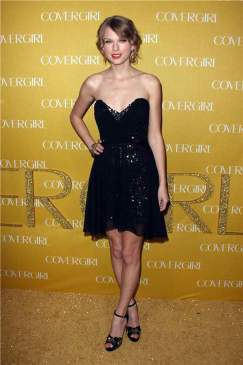 "<div class=""meta ""><span class=""caption-text "">Taylor Swift appears at the COVERGIRL 50th anniversary party in Los Angeles, California on Jan. 5, 2011.  (Tony Dimaio / startraksphoto.com)</span></div>"