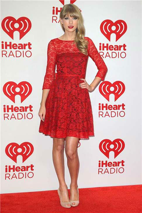 "<div class=""meta image-caption""><div class=""origin-logo origin-image ""><span></span></div><span class=""caption-text"">Taylor Swift appears at the 2012 iHeart Radio Music Festival in Las Vegas, Nevada on Sept. 22, 2012.  (Norman Scott / startraksphoto.com)</span></div>"