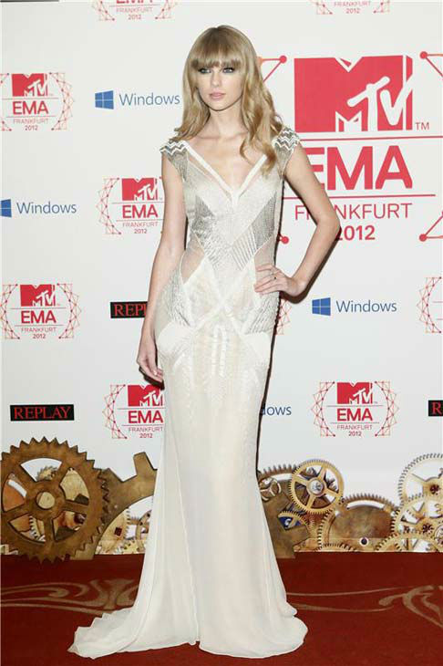 "<div class=""meta ""><span class=""caption-text "">Taylor Swift appears at the 2012 MTV European Music Awards on Nov. 11, 2012.  (Guido Ohlenbostel / startraksphoto.com)</span></div>"