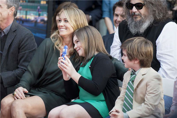 "<div class=""meta image-caption""><div class=""origin-logo origin-image ""><span></span></div><span class=""caption-text"">Ben Stiller's wife, actress Christine Taylor, and their kids, Quinlin Stiller and Ella Stiller, appear at Stiller's hand and footprint ceremony at the TCL Chinese Theatre in Los Angeles on Dec. 3, 2013. (Lionel Hahn/Abacausa/startraksphoto.com)</span></div>"