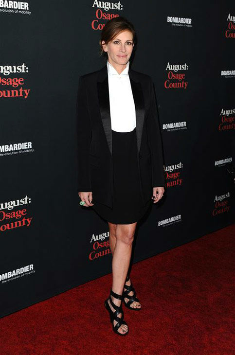 "<div class=""meta ""><span class=""caption-text "">Julia Roberts appears at the 'August: Osage County' Los Angeles premiere on Dec. 16, 2013. (Sara De Boer/startraksphoto.com)</span></div>"