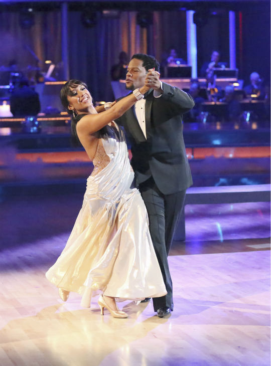 Actor and comedian D.L. Hughley and his partner Cheryl Burke received 21 out of 30 points from the judges for their Foxtrot during week 4 of season 16 of &#39;Dancing With The Stars,&#39; which aired on April 8, 2013. <span class=meta>(ABC Photo&#47; Adam Taylor)</span>