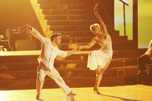 "<div class=""meta image-caption""><div class=""origin-logo origin-image ""><span></span></div><span class=""caption-text"">Kellie Pickler and partner Derek Hough received 26 out of 30 points from the judges for their Rumba during week 4 of season 16 of 'Dancing With The Stars,' which aired on April 8, 2013. (ABC Photo / Adam Taylor)</span></div>"