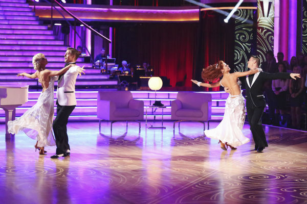 Kellie Pickler and partner Derek Hough received 27 out of 30 points from the judges for their Foxtrot during week five of &#39;Dancing With The Stars,&#39; which aired on April 15, 2013. Also pictured: Dancers Anna Trebunskaya and Henry Byalikov. <span class=meta>(ABC Photo &#47; Adam Taylor)</span>