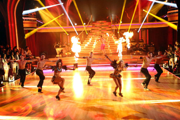 "<div class=""meta ""><span class=""caption-text "">The Pros perform a Latin-inspired ensemble dance on 'Dancing With The Stars: The Results Show' on April 23, 2013. (ABC Photo / Adam Taylor)</span></div>"