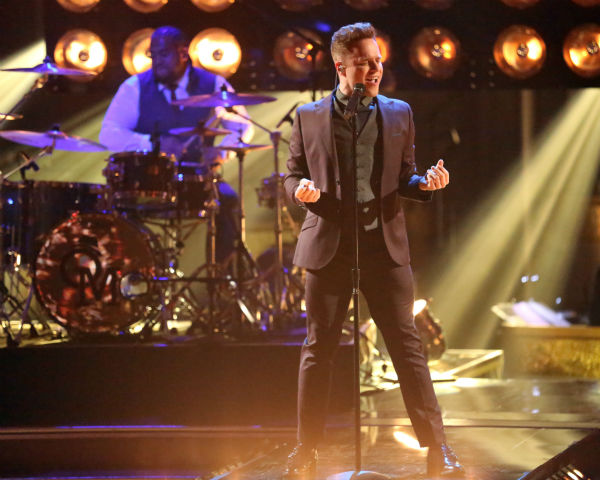 Olly Murs performs his new single &#39;Troublemaker&#39; on &#39;Dancing With The Stars: The Results Show&#39; on April 23, 2013. <span class=meta>(ABC Photo &#47; Adam Taylor)</span>