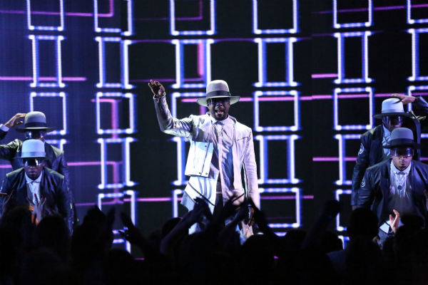 Seven-time Grammy Award winner will.i.am performs his current single, &#39;#thatpower,&#39; on &#39;Dancing with the Stars: The Results Show&#39; on April 23, 2013. <span class=meta>(ABC Photo &#47; Adam Taylor)</span>