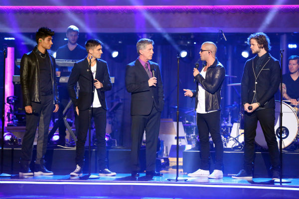 "<div class=""meta ""><span class=""caption-text "">The Wanted appears on 'Dancing With The Stars: The Results Show' on May 14, 2013. Also pictured: Co-host Tom Bergeron. (ABC Photo / Adam Taylor)</span></div>"