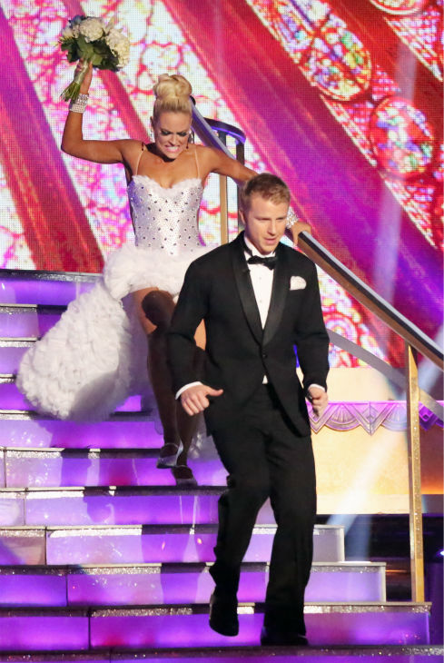 Former 'Bachelor' star Sean Lowe and his partner Peta Murgatroyd appear on week eight of 'Dancing With The Stars' on May 6, 2013.