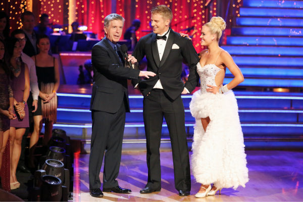Former 'Bachelor' star Sean Lowe and his partner Peta Murgatroyd danced the Tango on week eight of 'Dancing With The Stars' on May 6, 2013. They received 21 out of 30 points.
