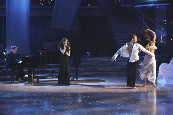 Christina Grimmie performed &#39;Take Care&#39; accompanied by professional dancers, Sharna Burgess and Gleb Savchenko, on &#39;Dancing With The Stars: The Results Show&#39; on May 14, 2013. <span class=meta>(ABC Photo &#47; Adam Taylor)</span>