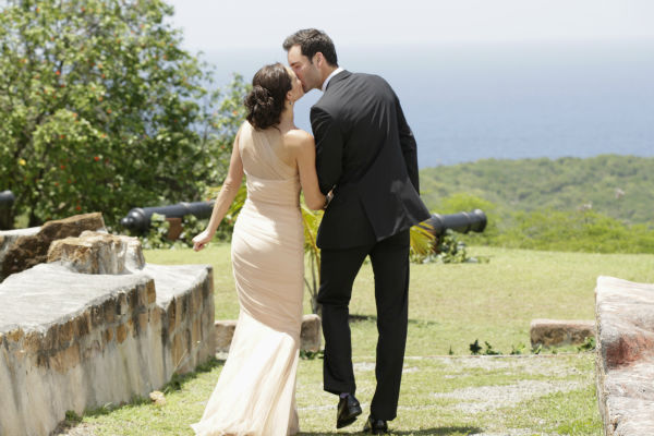THE BACHELORETTE - &#34;Episode 910 --Season Finale, Part 2&#34; -  In the dramatic Part 2 of the Season Finale, Desiree Hartsock gave Chris Siegfried her final rose on &#34;The Bachelorette,&#34; airing MONDAY, AUGUST 5 &#40;8:00-10:01 p.m., ET&#41;, on the ABC Television Network. &#40;ABC&#47;Francisco Roman&#41; DESIREE HARTSOCK, CHRIS <span class=meta>(ABC Photo &#47; Francisco Roman)</span>