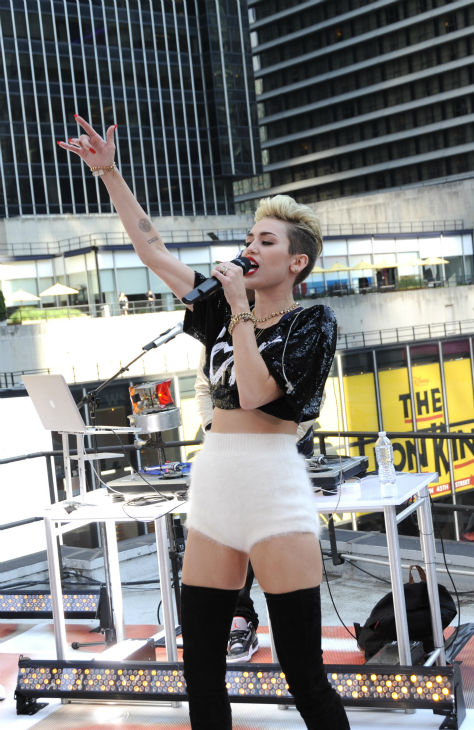 Miley Cyrus performs live on ABC&#39;s &#39;Good Morning America&#39; on June 26, 2013. <span class=meta>(Donna Svennevik &#47; ABC)</span>