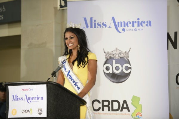 Nina Davuluri, Miss New York, speaks at a press conference after being crowned Miss America 2014 at the annual pageant in Atlantic City, New Jersey on Sept. 15, 2013.